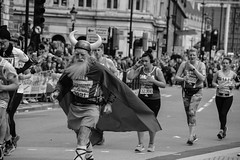 London Marathon (Le monde d'aujourd'hui) Tags: blackandwhite london horns viking londonmarathon 2016