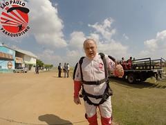 G0019623 (So Paulo Paraquedismo) Tags: skydive tandem freefall voo paraquedas quedalivre adrenalina saltar paraquedismo emocao saltoduplo saopauloparaquedismo