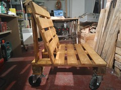 Pallet Bench on Wheels (irecyclart) Tags: garden bench outdoor wheels