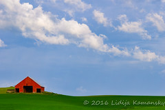 Red Barn and Clouds (Lidija Kamansky) Tags: blue red sky color green horizontal clouds barn rural landscape outdoors washington day farm pacificnorthwest redbarn scenics springtime palouse farmbuilding nonurban