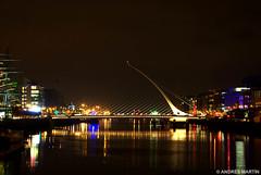 Samuel Beckett Bridge (Andrs Martn / Tincho) Tags: bridge ireland dublin night puente 50mm noche martin arm pentax andres tincho andresito k10d