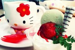 Sanrio Puroland ( Cateaclysmic ) Tags: hello travel cute japan tokyo kitty sanrio kawaii puroland