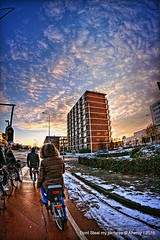 Winter Streetshot,Groningen,the Netherlands,Europe (Aheroy(2Busy)) Tags: street winter sunset snow trafficlight sneeuw bikes bicycles groningen fietsen tegenlicht streetshot groningenstad paterswoldseweg aheroy aheroyal