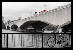 WATERLOO BRIDGE MSP0003658 (MIKE SCOTT2) Tags: pictures road street city uk bridge red bus london mike water lamp westminster thames river scott photography pedestrian images waterloo photographs lambeth traffick