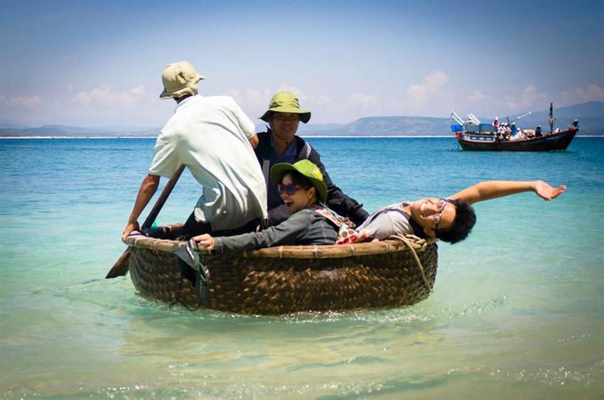 đi thuyền thúng ở Bãi Xếp