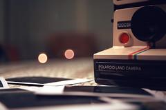 Analogic (lunadiezdelalastra) Tags: madrid camera city polaroid zoom product ans camara mola analogic analogico httpswwwflickrcomgroupsmadridcitymolapool