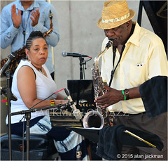 Pamela Wise and Wendell Harrison, Wendell Harrison Ensemble featuring Pamela White,  Detroit Jazz Festifval (jackman on jazz) Tags: hat festival glasses hands nikon michigan w detroit piano jazz squint horn nikkor sax brass ensemble saxophone sasso wendellharrison pamelawise 55300mm d7000 jackmanonjazz alanjackman