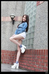 nEO_IMG__MG_3301 (c0466art) Tags: light portrait girl beautiful smile canon campus li long pretty slim natural sweet outdoor quality gorgeous leg taiwan figure ntu neo charming pure  1dx c0466art