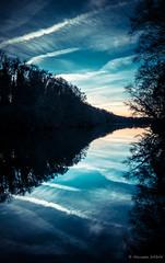 Refle(x)ions (Alexandre DAGAN) Tags: blue sunset france color colour de landscape soleil coucher panasonic bleu paysage couleur loireatlantique lx100 abbaretz lacdelamine panasoniclx100 dmclx100