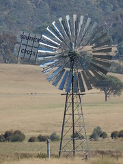 Southern Cross RK pattern (Seneschal) windmill, 30 foot windwheel (sarracenia.flava) Tags: act australia australian capital territory windmill southern cross windpump r pattern giant seneschal rpattern rkpattern southerncross
