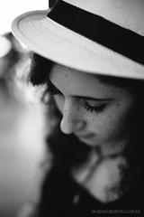 (Ana Paula Batista) Tags: portrait girl braslia retrato pretoebranco monocromtico retratofeminino ensaiofeminino passeioembraslia dylancafe anapaulabatista