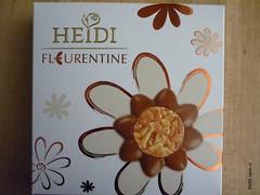 Heidi Fleurentine & Loventine (zazou.ciocolata) Tags: heidi almond caramel romania nut valentinesday florentine milkchocolate chocolatefigure 3034cocoa
