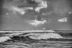 The Breaking Waves (Mark Griffith) Tags: vacation hawaii springbreak northshore kauai haena sonya7rii