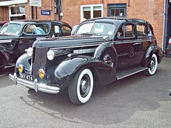 26 Buick 8 Special Sedan (1937) (robertknight16) Tags: usa 1930s buick brooklands roadmaster centuary bky474