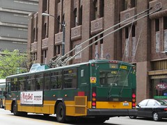 King County Metro 2001 Gillig Phantom Trolley 4182 (zargoman) Tags: seattle county travel bus electric king metro trolley transportation transit phantom gillig kiepe elektrik kingcountymetro highfloor