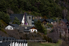 Andorra living: La Massana, Vall nord, Andorra (lutzmeyer) Tags: pictures primavera rural sunrise photography spring europe dorf village photos pics pueblo abril images fotos valley april below baixa sonnenaufgang unten andorra bilder imagen pyrenees tal springtime iberia frhling pirineos pirineus iberianpeninsula parroquia landleben pyrenen imatges rurallife poble frhjahr vallnord ortsteil iberischehalbinsel sortidadelsol escas lamassanavallnord canoneos5dmarkiii livingmodern modernleben livingrural lndlichesleben lamassanaparroquia lutzmeyer lutzlutzmeyercom parroquialamassana