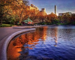 Springtime in New York 25 (Jim Lambert) Tags: nyc newyorkcity sunset usa ny newyork us spring unitedstates centralpark manhattan ues goldenhour uppereastside springtime conservatorywater 2016 instagram ifttt 20april2016