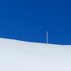 Vertical Feature Ltd. (coastwalker) Tags: blue winter white abstract square minimal blau weiss opart coastwalker