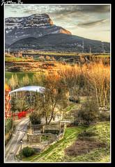 Lavaderos y Oroel (jemonbe) Tags: huesca jaca pirineos pirineoaragones valledelaragn jemonbe