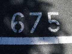 675 Distansgatan (Eva the Weaver) Tags: parking ground number asphalt 675