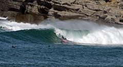 AJAN OLAVARRI / 9703GNW (Rafael González de Riancho (Lunada) / Rafa Rianch) Tags: sea mer sports mar rocks surf waves surfing cliffs olas rocas cantabria deportes laisla océano acantilados santamarina