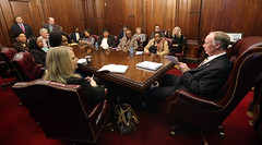 02-03-2016 Governor Meets with Women's Caucus