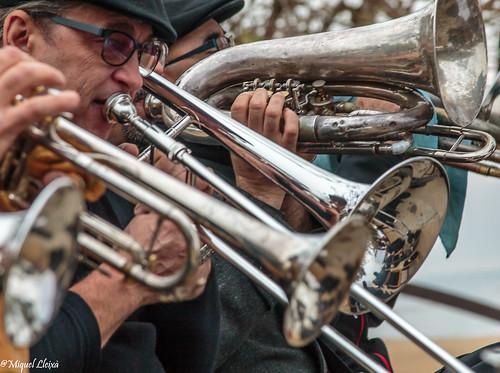 El trombó brillant ... entre la trompeta i el fiscorn  !!
