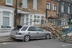 Scaffolding collapsed in Walthamstow (FR Pix) Tags: road uk roof building london fire queens collapse e17 rd walthamstow brigade