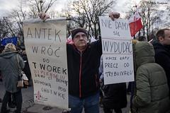 _ATI7330 b (attila.husejnow) Tags: demonstration warsaw warszawa atti atilla antigovernment husejnow attilahusejnow mateuszkijowski