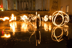 Burners-122 (degmacite) Tags: paris nuit feu burners palaisdetokyo