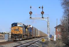 Q243 (GLC 392) Tags: auto bridge light ohio color tower lights diamond oh ge signal position racks cpl 265 csx cantilever yn2 leipsic cpls ac44cw 5111 cw44ac yn3 ac400cw q243