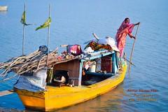 lady Mohana (Sindhi tribe) (Cute Pakistan) Tags: ship punjab boathouse indusriver mohana kotaddu akhtarhassankhan 03007480117 ladymohana pakistaniboathouse