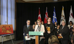 IMG_0865  Premier Kathleen Wynne made an announcement of funding on the Ending Violence Against Indigenous Women Strategy. (Ontario Liberal Caucus) Tags: zimmer aboriginal indigenous meilleur violenceagainstwomen indigenouswomen jaczek maccharles svhap