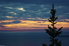 Pic Champlain' sunset (Schmouel) Tags: sunset sky canada saint clouds soleil quebec horizon pic ciel champlain nuages parc mercier laurent gaspesie sapin bic rimouski fleuve couch cime anse sepaq