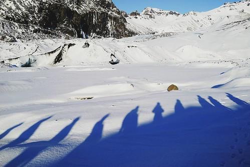 Walking on the glacier. This is our team on the way to explore the ice cave.  @inspiredbyiceland @guidetoiceland @ #Vatnajokull #iceland #Europe #ZMJatIS #ZMJ2016  2016.2 #Travelgram #Travel #instago #instatravel #Trip #letsgosomewhere #Instagood #Photoof