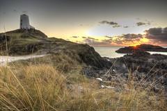 Llanddwyn Island (EVO GT) Tags: sunset lighthouse wales canon landscape lighthouses dusk ngc coastal anglesey northwales llanddwynisland ynysllanddwyn coastalsunset canon600d sigma1020mmf35exdchsm canon600deos