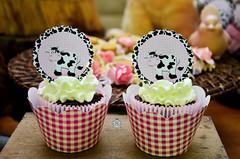 VAQUINHA (Sarah Mantovani) Tags: aniversario chocolate criança festa vaquinha capcake