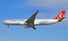 Turkish Airlines A330-343 TC-JNR. 5/04/16. (Cameron Gaines) Tags: blue cloud sun france london weather cn turkey photography was golden airport haze heathrow being aviation may first sunny before it aeroplane landing where final airbus april arrival horn toulouse approach airlines 9th 16th ist runway blagnac turkish a330 named tls lhr 2012 airfield arriving flew halic delivered egll 1311 a330300 27r a330343x a330343 akturk 50416 fwwky tcjnr
