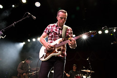 Jason Isbell (redrospective) Tags: people london musicians concert photos guitar gig instruments electricguitar spotlights 2016 jasonisbell brooklynbowl 20160417