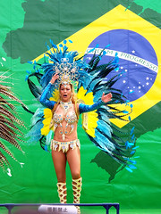 #7680 shake those tail feathers (Nemo's great uncle) Tags: dancer  odaiba  aomi kotoku braziliancarnival  tky