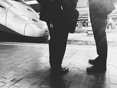 Treno in arrivo al binario 9 (Manu82ela) Tags: street travel people blackandwhite apple station train florence firenze stazione viaggio biancoenero iphone vsco iphone6