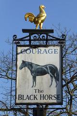 Black Horse, London SE1. (piktaker) Tags: london bar pub inn tavern blackhorse courage pubsign innsign publichouse londonse1