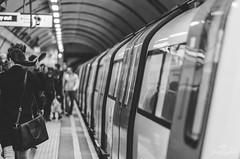 Holding my hair. (Jordi Corbilla Photography) Tags: london underground nikon streetphotography 85mm streetphoto f18 d7000 jordicorbilla jordicorbillaphotography