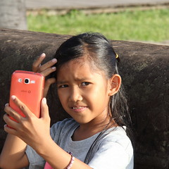Selfie (asitrac) Tags: travel people girl kid scenery asia cambodia southeastasia child angkorwat scene unescoworldheritagesite unesco photograph kh siemreap enfant worldheritage indochina selfie  patrimoinemondial siemreapprovince angkorarcheologicalpark angkorarchaeologicalpark