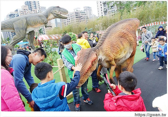台中展覽,台中侏儸紀樂園,台中恐龍展,全台唯一戶外大型恐龍展,會動的恐龍展,taichungjurassic,台中老虎城,tiger city,聖誕節-50-601-1