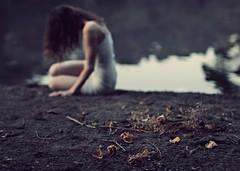 Broken flowers ll (Sus Blanco) Tags: selfportrait sadness conceptual darkart brokenflowers floresrotas