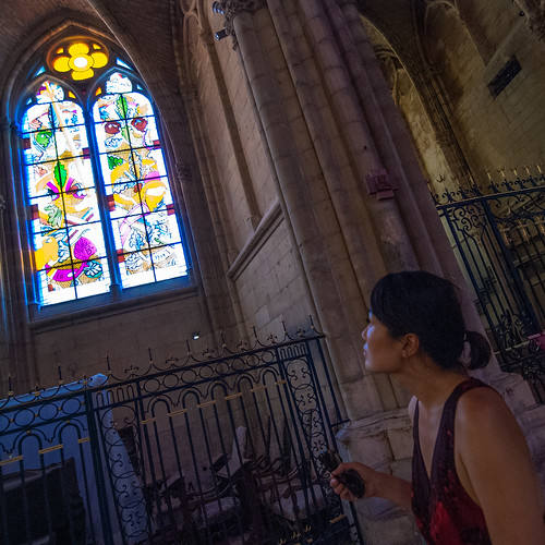 Jaeim enjoying Nevers cathedral stained windows