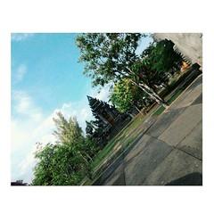 Bagaimana pun keadaanmu saat ini, hidupmu masih lebih baik dari yang lain. Maka, bersyukur dan tersenyumlah~ #Repost Photo by : @lutfiyahsuci #morning #quote #semangatpagi #tamankopasus #serang #kotaserang #Banten #Indonesia. http://kotaserang.net/1BFtNAa (kotaserang) Tags: morning dan by indonesia photo quote ini yang lain saat maka dari pun repost masih baik lebih serang bersyukur banten bagaimana kotaserang hidupmu instagram ifttt semangatpagi httpkotaserangcom keadaanmu tersenyumlah~ lutfiyahsuci tamankopasus