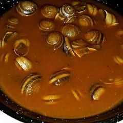 Exquisitos #caracoles en salsa hoy en... (detapitasenlacalle) Tags: food healthy sevilla tapas snails caracoles santiponce instafood pornfood foodpics comidasana travelspain spanishtapas scargots visitspain streefood uploaded:by=flickstagram instagram:photo=9369577136400066161718571223 spanishfoodies instagram:venue=653987658 worldfoodies