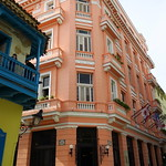"Hotel Ambos Mundos <a style=""margin-left:10px; font-size:0.8em;"" href=""http://www.flickr.com/photos/14315427@N00/24732950049/"" target=""_blank"">@flickr</a>"